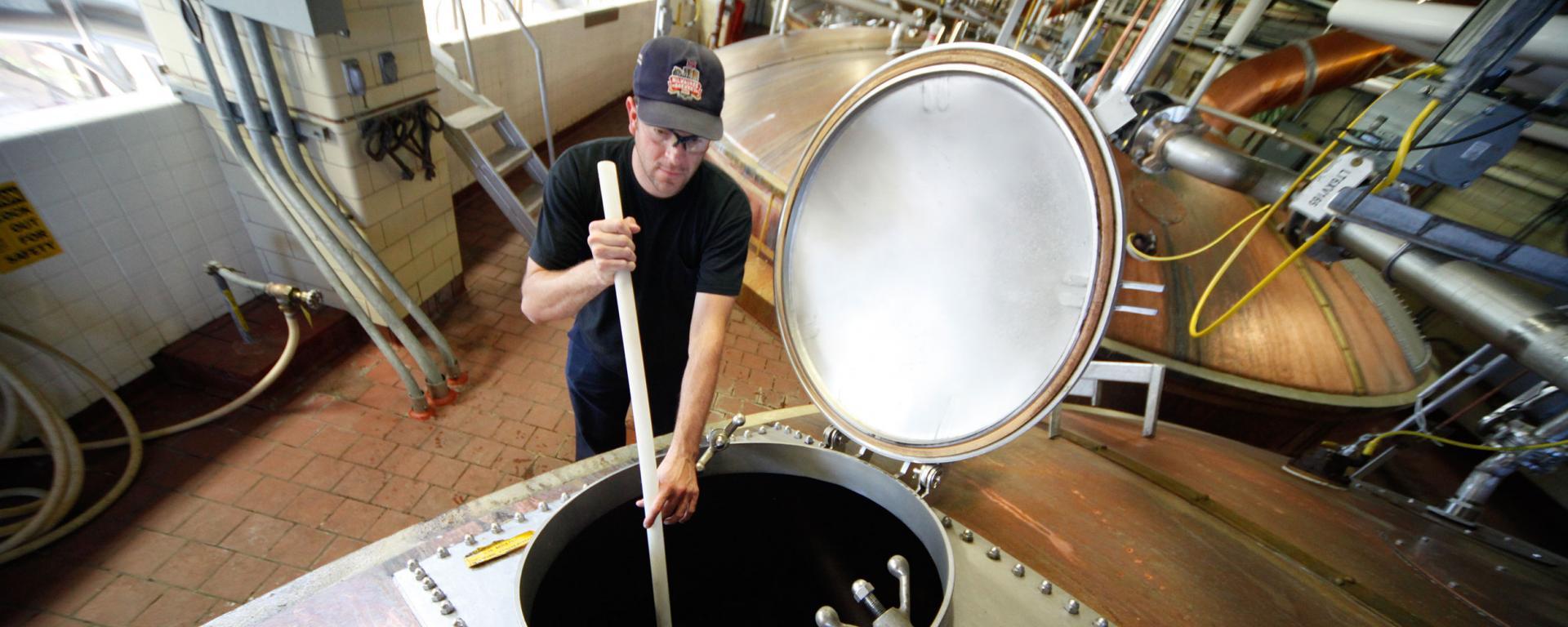 Coors Brewer Stirring Beer