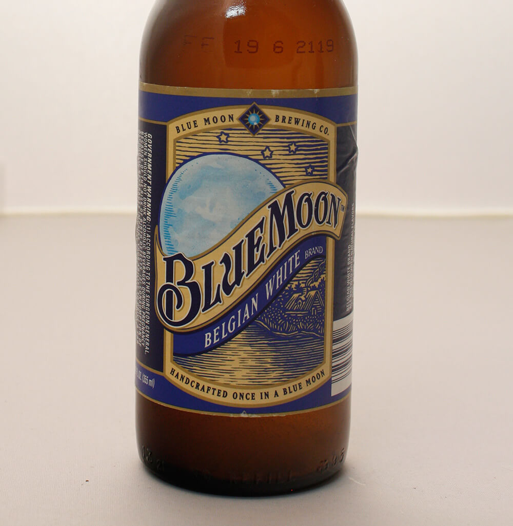 Blue Moon Belgian White bottle