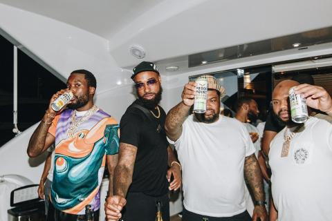 A toast to your real friends, and only your real friends #toasttoreal  @meekmill